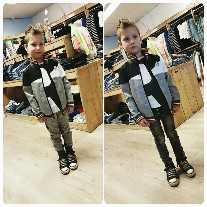 Kijk Levi eens cool zijn in z'n nieuwe broeken! Hij is 1 van de winnaars van onz...