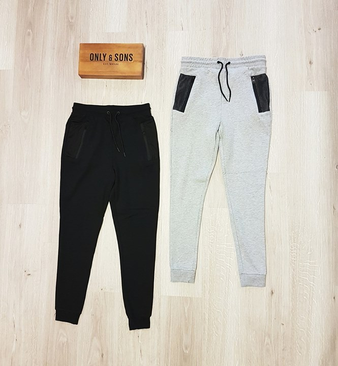 ONLY & SONS MESH SWEATPANTS  Maat S t/m XXL  € 39,99 p.s.