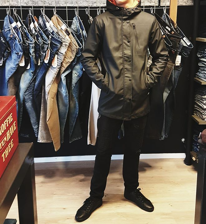 Wax Raincoat   € 69,99 Cars Jeans - Men